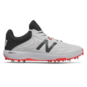 New Balance 10v4 - Mens Cricket Shoes