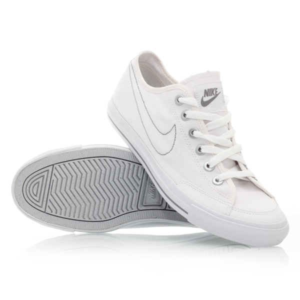 Nike Go Canvas Shoes