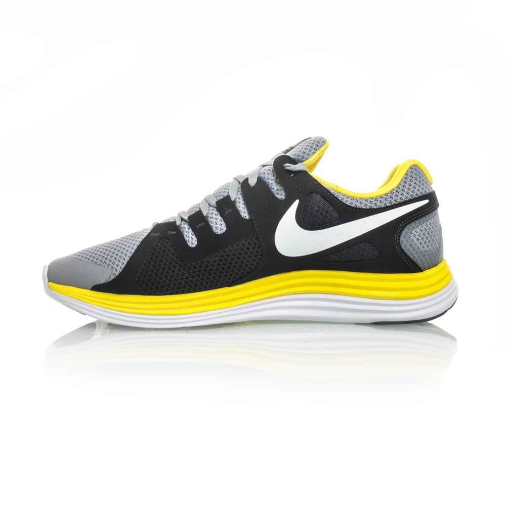 Nike running shoes black and yellow