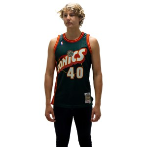 Mitchell & Ness Seattle SuperSonics Shawn Kemp 1995-96 Swingman Mens Basketball Jersey