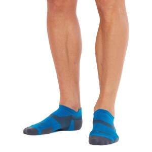 2XU Vectr Light Cushion No Show - Unisex Running Socks