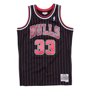 Mitchell & Ness Chicago Bulls Scottie Pippen 33 Alt 1995-96 Swingman Mens Basketball Jersey