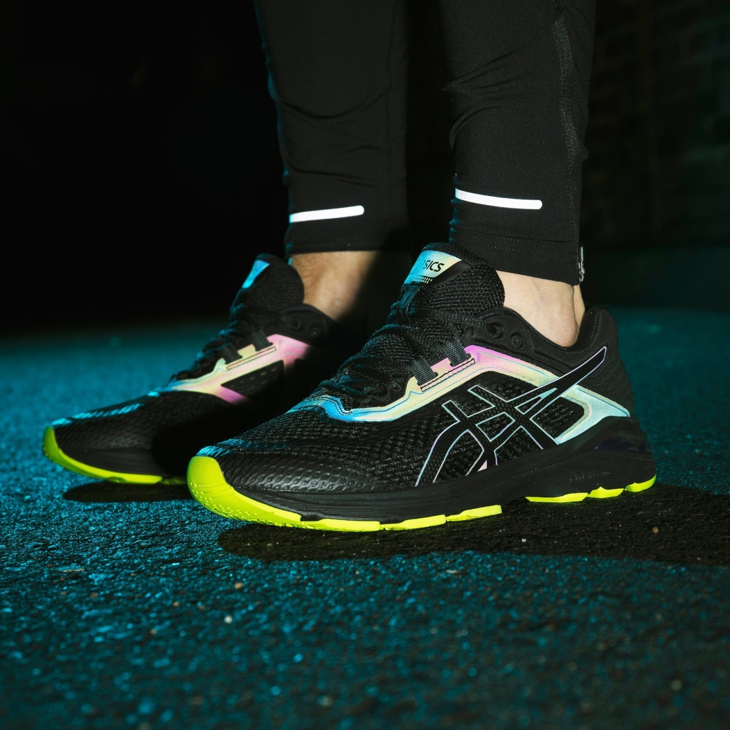 ASICS GT 2000 6 Lite Show Review: Run with a Lite Show on