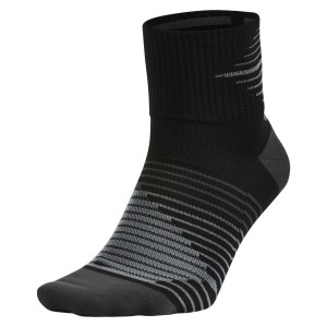 Nike Dri-Fit Lightweight Quarter Running Socks