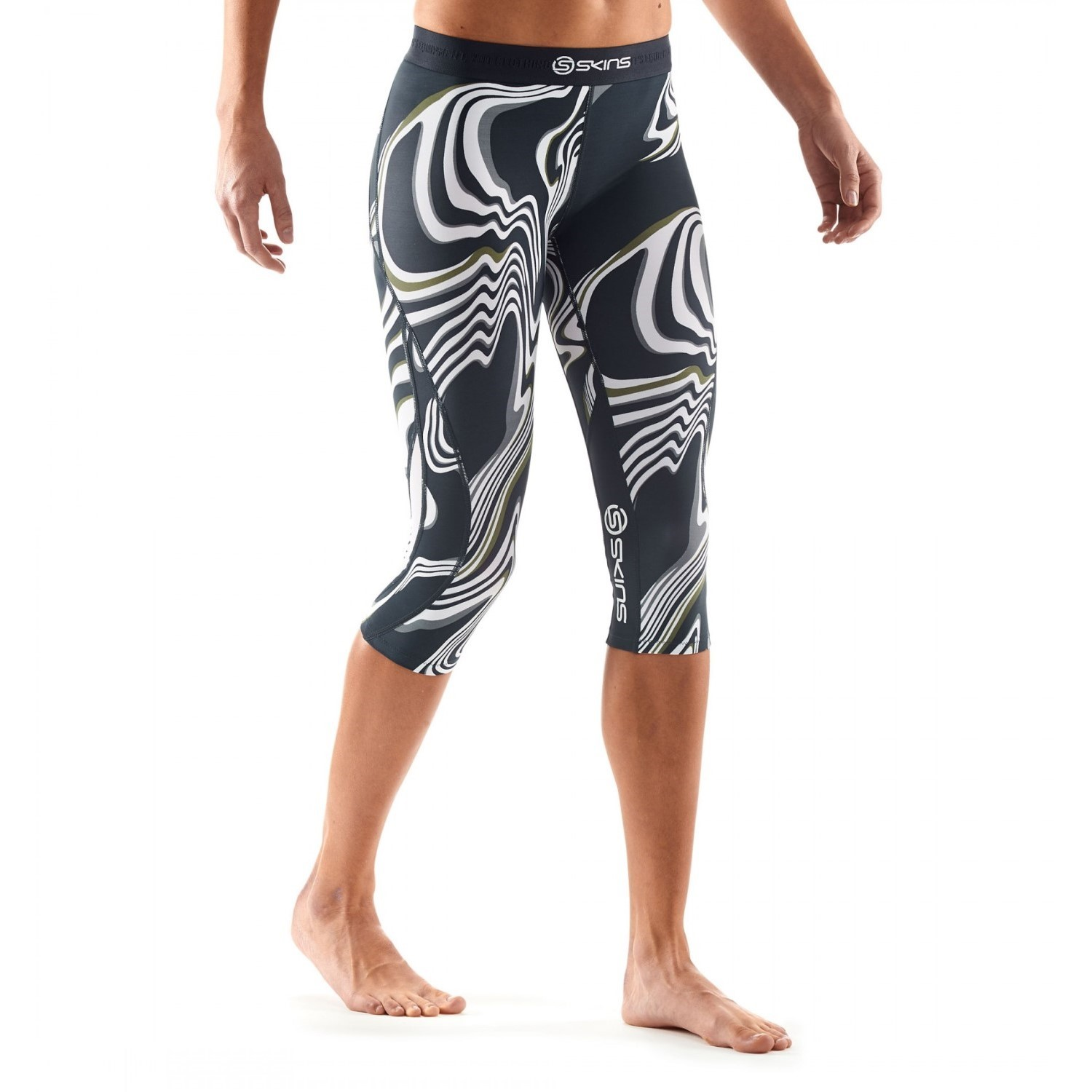 b39ef1c9a6 Skins DNAmic Womens Compression 3/4 Tights - Living Lines | Sportitude