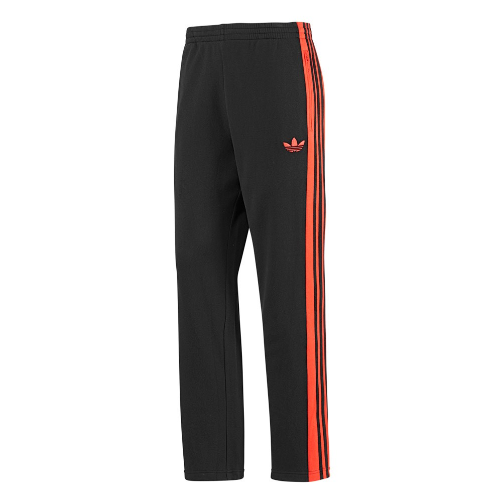 Or throwback unexpectedly in orange or tactile blue, a nod to the adidas classic that warm you up before you tear it down on training day. Sweatpants and cool socks Guys are now rocking their socks, over their training pants that is.