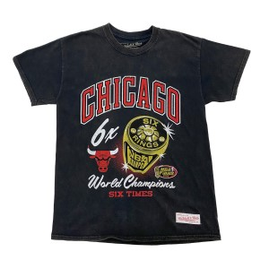 Mitchell & Ness Chicago Bulls Bling Rings Mens Basketball T-Shirt